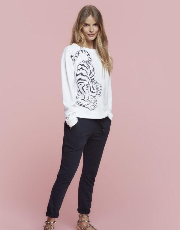 Juvia | Sweater (Tiger) und Jogginghose