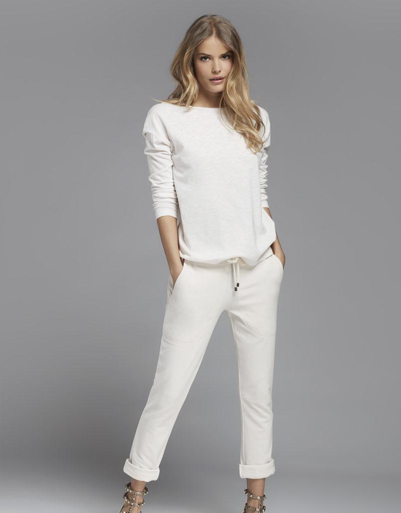 Juvia   Sweater und Jogginghose (Weiß)